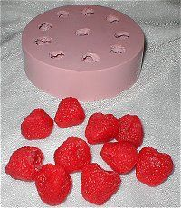 Sm WHOLE Strawberry Silicone Flexible Mold -
