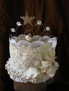 Front of crown by Vintage Flair, via Flickr..gives me an idea for the Fairy GodMother costume I want to make:)