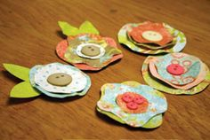 Paper Flower & Button Magnets (original source unknown)
