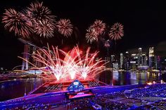 "NBC News az Instagramon: ""#Singapore welcomes 2020 with curtain-raiser #fireworks at Marina Bay. . 📷 Suhaimi Abdullah / @gettyimages"" Nbc News, Marina Bay, Fireworks, Singapore, Opera House, Concert, Building, Travel, Viajes"