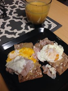 egg & turkey scramble on Wasa Crackers with Tahini spread | orange juice | New Rochelle, New York, NY || #COLOReats @coloreats
