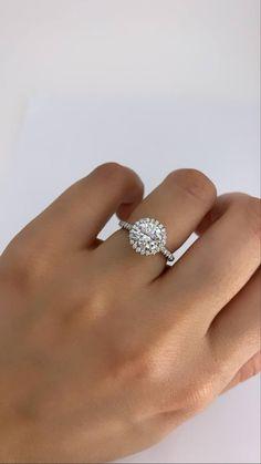 Elegant Engagement Rings, Round Diamond Engagement Rings, Engagement Ring Settings, Diamond Shapes, Ring Designs, Round Diamonds