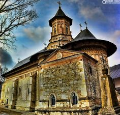 Neamț Monastery, Romania – 2020 World Travel Populler Travel Country Monastery Icons, Transylvania Romania, Visit Romania, Unexplained Phenomena, Famous Castles, The Beautiful Country, Mountain Resort, Eastern Europe, World Heritage Sites
