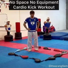 Martial Arts Taekwondo Cardio Kick Workout Gym Workout Videos, Gym Workout For Beginners, Kickboxing Workout, Workouts, Martial Arts Workout, Martial Arts Training, Boxing Training, Self Defense Moves, Self Defense Martial Arts