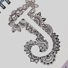 Monogram letter J in black and white zentangle art sharpie Easy Mandala Drawing, Mandala Art Lesson, Mandala Doodle, Doodle Art Drawing, Zentangle Drawings, Zentangle Patterns, Drawing Ideas, Sketch Ideas, Zentangles
