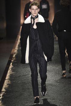 Sfilata Moda Uomo Berluti Parigi - Autunno Inverno 2016-17 - Vogue