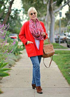 une femme d'un certain âge |Outfit: Emboldened