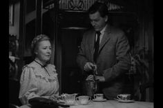 Irene Dunn and Philip Dorn in I Remember Mama 1948