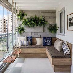 Bom dia! Varanda linda e inspiradora by Larissa Catossi. Com destaque para o balancinho... amei a ideia Me encontre também no @pontodecor  HI Snap:  hi.homeidea  www.homeidea.com.br #bloghomeidea #olioliteam #arquitetura #ambiente #archdecor #archdesign #hi #cozinha #homestyle #home #homedecor #pontodecor #homedesign #photooftheday #love #interiordesign #interiores  #picoftheday #decoration #world  #lovedecor #architecture #archlovers #inspiration #project #regram #canalolioli