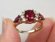 New 10K S7 Gold 2.5ct Ruby & White Sapphire Engagement Anniversay Ring