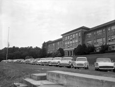 Florida Memory - Cars parked in front of Leon High School in Tallahassee.