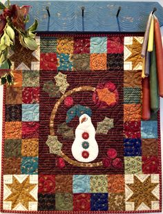free pattern for Kim Diehl's mini snowman quilt - another one that would be cute in wool