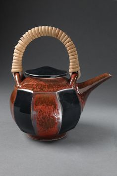 ConnieChristensen    ArvadaCO                            Teapot                          8x7x5                          Porcelain,^6 electric