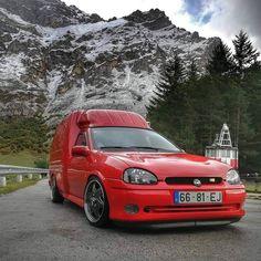 """Old skool rules! 👌 on Instagram: """"Opel Combo Turbo van 😍 #opel #opelporn #opelpower #opelperformancecenter #opelcombo #combo #vanlifestyle #vanlove #vanlife #vansoffthewall…"""" Corsa Wind, Chevrolet Monza, Vans Off The Wall, Top Cars, Custom Vans, Old Skool, Van Life, Cars And Motorcycles, Chevy"""