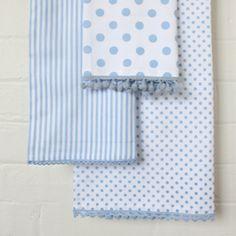 Set of 3 Tea Towels in Wisteria