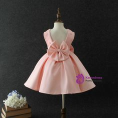 Baby Girls Big bow princess dress Pearl Sequins Birthday party Source by Baby Girl Party Dresses, Little Girl Dresses, Baby Dress, Nice Dresses, Flower Girl Dresses, Girls Dresses, Baby Girl Fashion, Kids Fashion, African Dresses For Kids