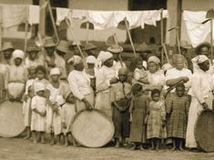 A detail from a photo of slaves going to the coffee harvest with oxcar. Vale do Paraiba, Sao Paulo, Moreira Salles Institute Archive African American Studies, African American History, West Indies, Commonwealth, Trinidad, South American Countries, History Images, Museum Of Contemporary Art, Slums