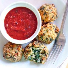 These Baked Spinach and Barley Arancini (Italian rice balls) are kid friendly, healthy, delicious, and super easy to make! Freezable.