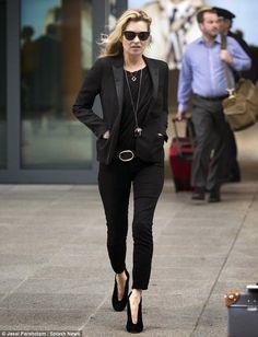 Kate Moss flies home to London | Kate Moss Universe