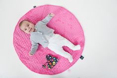 at shop - 3 in 1 - changing mat, playmat and baby carrier, maxi cosi arm pillow ! Bamboo Blanket, Breastfeeding Pillow, Changing Mat, Arm, Kids Rugs, Colours, Quilts, Pillows, Shop
