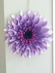 My purple dahlia paper wreath: Paper Flower Wreaths, Paper Flowers Craft, Large Paper Flowers, Flower Crafts, Diy Flowers, Paper Crafts, Dahlia Flowers, Wreath Crafts, Diy Wreath