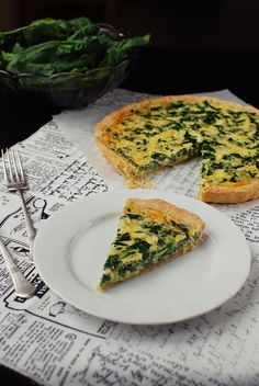 Spinach quiche by Foodlover. No Salt Recipes, Cooking Recipes, Healthy Recipes, Slovak Recipes, Spinach Quiche, Sandwich Cake, Food Test, Food And Drink, Yummy Food
