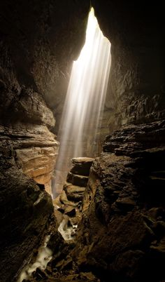 Stephen's Gap cave. With many things in this life we have but to look underneath the skin to discover it's true beauty. This shot took me 165 feet underneath the earth to a majestic cathedral cavern. I set up my camera and waited for that perfect moment that I always strive to capture. Seconds turned into mins, then all of the sudden light beamed down illuminating the cavern. Before me was this truly breathtaking sight. #localgem Discovered by Brad Mitchell at Woodville, Alabama