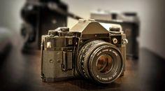 http://www.glphotographyllc.com/wp-content/uploads/2011/11/Vintage-Camera.jpg