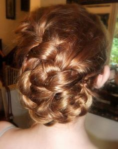 How to french braided updo. This was the closest thing to the hairstyle I was trying to find, but it's still pretty and manageable <3