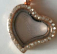 Rose quartz rhinestone heart