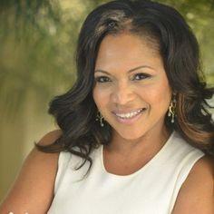 Episode 185: PAMELA McCauley on Transforming Your Stem Career Through Leadership & Innovation - Today's Leading Women