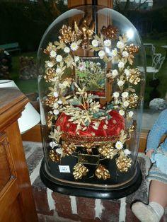 Globe de mariée wedding globe with wax orange blossoms