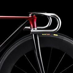 "hublove: """"… Mazda KODO bike concept / I share . . #KODO . . #aero_team #aerocycling #fixedgear #fixie #bicycle #cycling #cyclist #rider #bike…"" instagram.com """