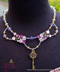Fantasy Rapunzel Schlüssel Blumen Halskette in von BbeautyDesigns
