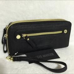 """Selling this """"NWT Steve Madden Black Double Zip Wallet"""" in my Poshmark closet! My username is: mtnoonan. #shopmycloset #poshmark #fashion #shopping #style #forsale #Steve Madden #Clutches & Wallets"""