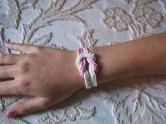 Simple crochet bracelet -- photo tutorial