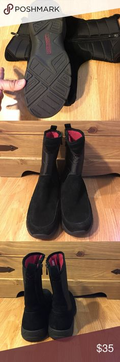 NWOT Land's End Black suede/nylon boots Brand new Land's End Black suede/nylon boots Land's End Shoes Winter & Rain Boots