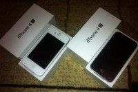 For sale: New iPhone 4s/4 32GB , iPad 2 / 3 64gb , B.B Torch 9900,9930 , Samsung S2 Buy 2 get 1 free