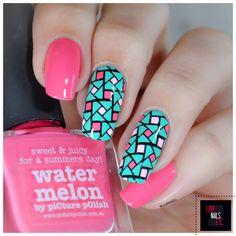 AquaPink Geometry – 40 Great Nail art Ideas