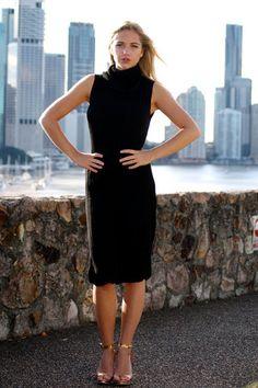 Sleeveless Black Ribbed Turtleneck Midi Knit Dress – Runway Goddess