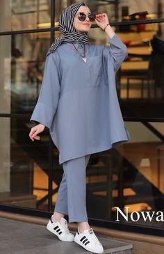 Modest Fashion Hijab, Modern Hijab Fashion, Street Hijab Fashion, Casual Hijab Outfit, Hijab Fashion Inspiration, Hijab Chic, Mode Inspiration, Hijab Dress, Iranian Women Fashion