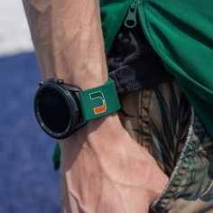 Check out our collection of college gear, they make great gifts for all the graduates on your list! Shop via Link in Bio North Carolina State Wolfpack, Mississippi State Bulldogs, Oklahoma State Cowboys, Mercer Bears, Marquette Golden Eagles, Cincinnati Bearcats, Leather Watch Bands, College, Link