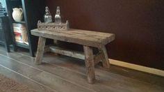 Robuust bankje maken Wood Benches, Diy Holz, Stools, Sweet Home, Dining Room, Woodworking, Shower, Furniture, Home Decor