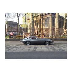 The classic car club is out again. #carporn #jaguar #vintage #hoxton #classic