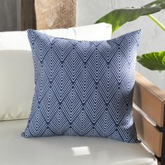 Elsa Indoor/Outdoor Throw Pillow