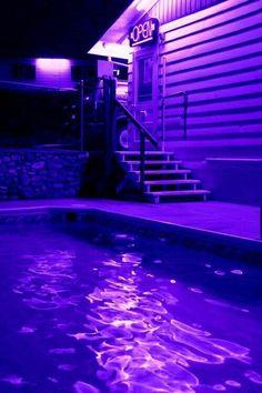 Makeup aesthetic purple Ideas for 2019 Violet Aesthetic, Dark Purple Aesthetic, Lavender Aesthetic, Aesthetic Colors, Aesthetic Pictures, Makeup Aesthetic, Aesthetic Vintage, Purple Walls, Pastel Purple
