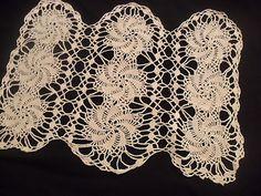 Vintage Hand Crocheted Light Ecru Interesting Doily Pinwheel Design |  i love this design