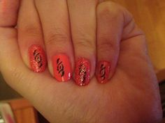 nail art tribal !!