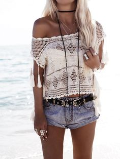 Beautiful Summer Outfits To Try In Summer 2019 Find and save ideas about Summer Style on Women Outfits. Crochet T Shirts, Crochet Clothes, Crochet Top, Boho Outfits, Summer Outfits, Fashion Outfits, Summer Clothes, Passion For Fashion, Love Fashion