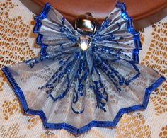 Fan folded wire ribbon angels 5